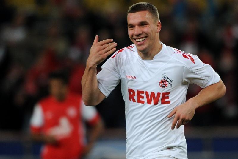 """L.Podolskis tikisi """"Arsenal"""" pasiūlymo"""