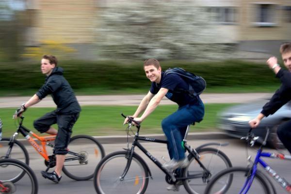 Klaipėdoje vasara su dviračiu, joga ir fotoaparatu