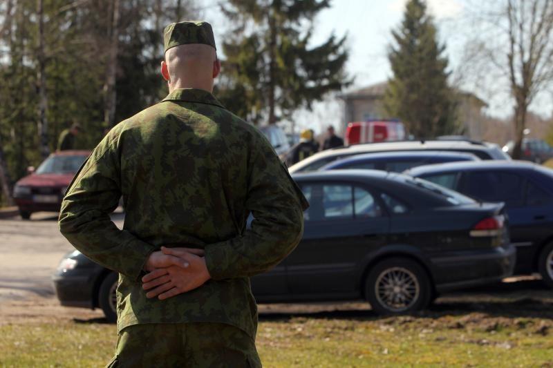 Girtam vyrui Klaipėdoje užkliuvo pro šalį ėjusio kario kepurė