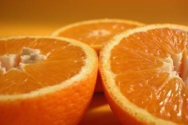 Kretingoje - nesaugių apelsinų siunta
