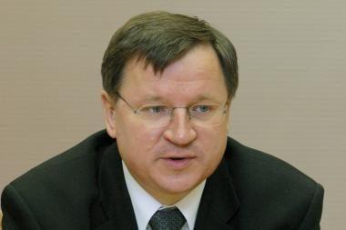 Iš E.Vareikio grasinama atimti parlamentaro mandatą