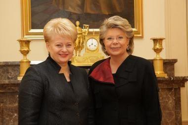 Prezidentė susitiko su ES teisingumo komisare