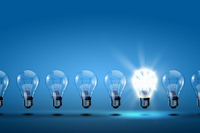 2/3 gyventojų perdegusias taupiąsias lemputes meta į konteinerį