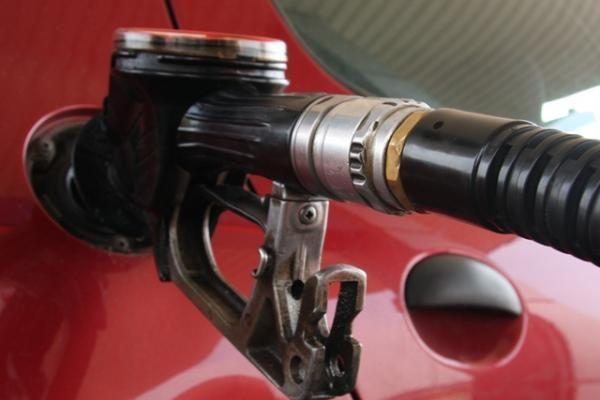 Kompromisas dėl biopriedų dalies degaluose didinimo kuro pardavėjų netenkina