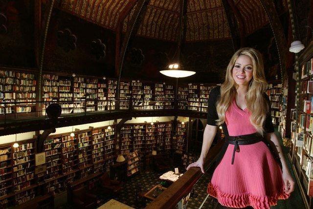 Shakira ir futbolininkas G. Pique laukia pirmagimio