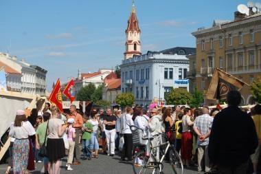 Rotušės aikštėje tęsiasi Baltramiejaus šventė