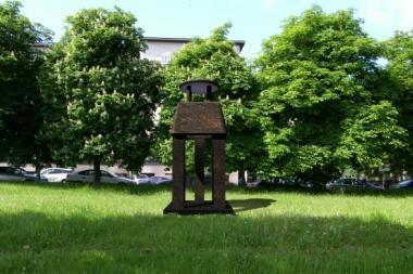 Šalia Neries - trys skulptūros