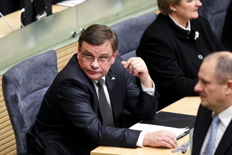 Seimo pirmininką paliko atstovė   spaudai