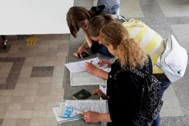 LSAS: studentai klaidinami informuojant apie studijų finansavimo tvarką