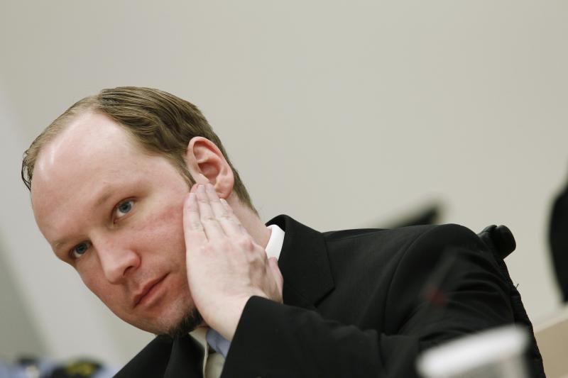 Norvegijos premjeras stiprina saugumą šalyje po Breiviko išpuolių