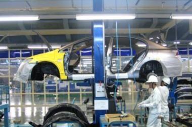 JAV automobilių gamintojams – milijardai