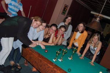 Savaitiniai biliardo turnyrai - tik merginoms