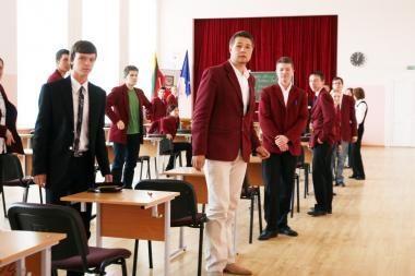 Abiturientai vėlavo į anglų kalbos egzaminą