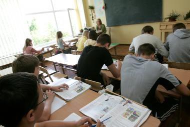Daugiau nei pusė moksleivių sutiktų už studijas mokėti iki 5 tūkst. litų
