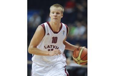 Jaunių čempionatas: pergalingą latvių žygį nutraukė slovėnai