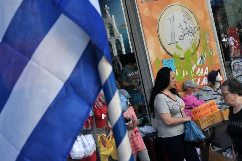 Spaudimą patirianti Graikija antra diena tariasi dėl koalicijos