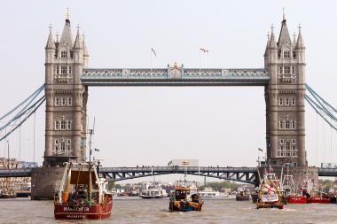 Mažmeninės prekybos apyvarta Didžiojoje Britanijoje vasarį smuko labiausiai per dešimt mėnesių
