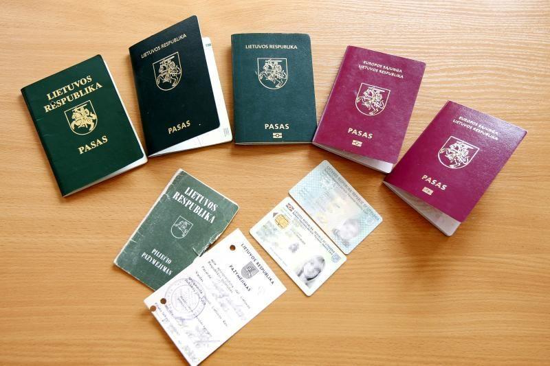 Lietuvos pilietybės per metus netenka apie 500 žmonių