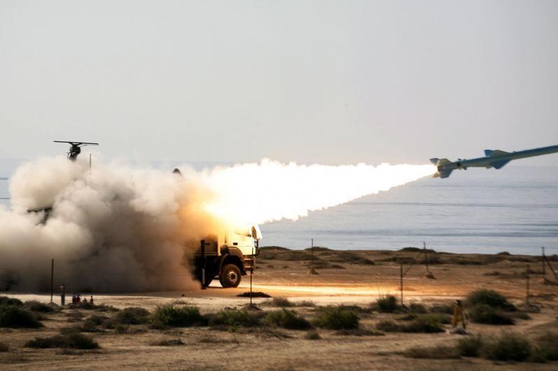 Pietų Korėja grasina numušti Šiaurės Korėjo raketą