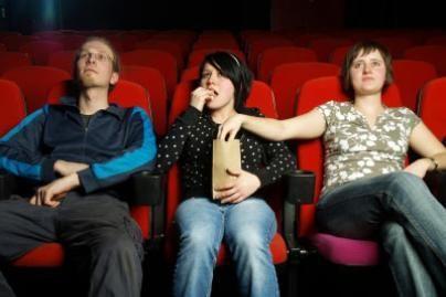 Britai kino teatruose nebegalės triaukšti spragėsių