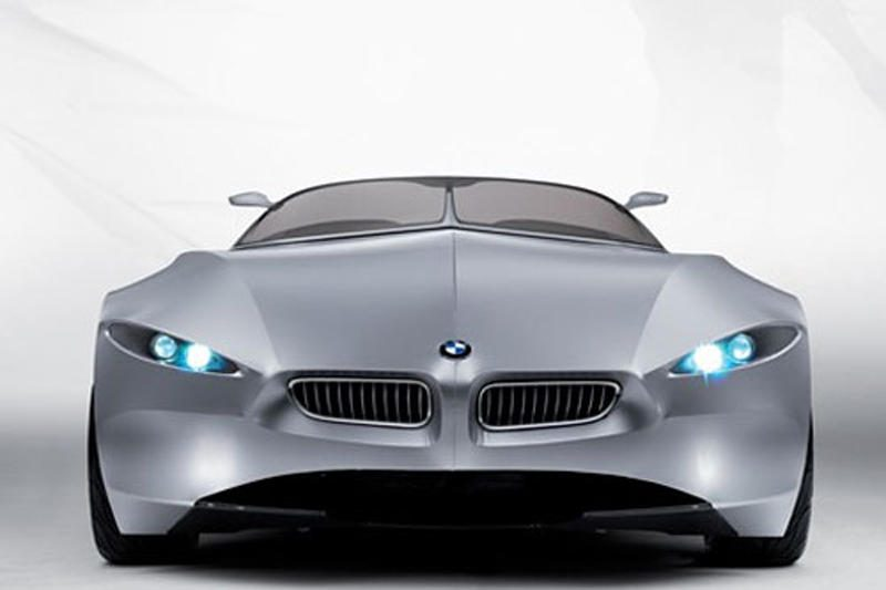 BMW keičia pavadinimą - bando įtikti Kinijai