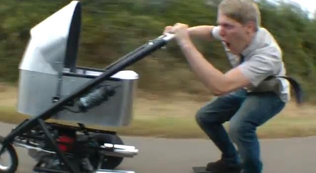 Beveik transporto priemonė: greičiausias vaikiškas vežimėlis