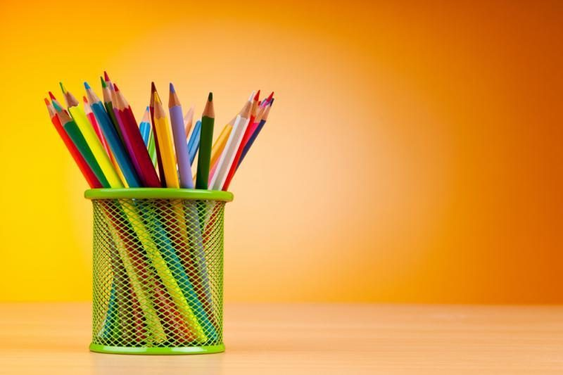 Pieštukai ir spausdintuvai keliauja į internetą