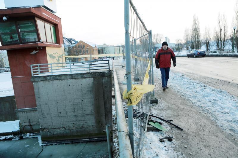 Avarijos kaltininkui už Pilies tilto remontą teks pakloti 5 tūkst. Lt