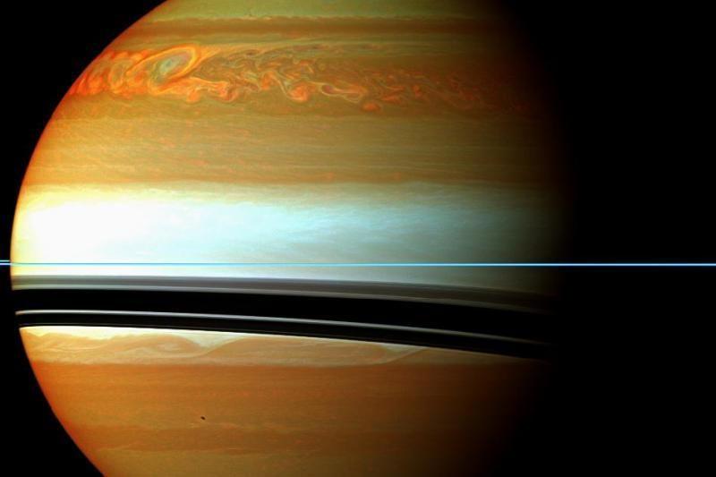 Didžiulė audra Saturne nesiliauja stebinti mokslininkų