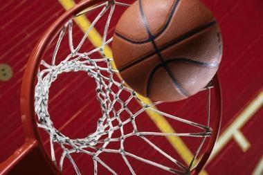 Moterų krepšinio lygoje - dvivaldystė