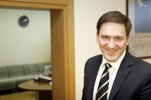 """Buvęs ūkio ministras D.Kreivys """"grįžo"""" į verslą"""
