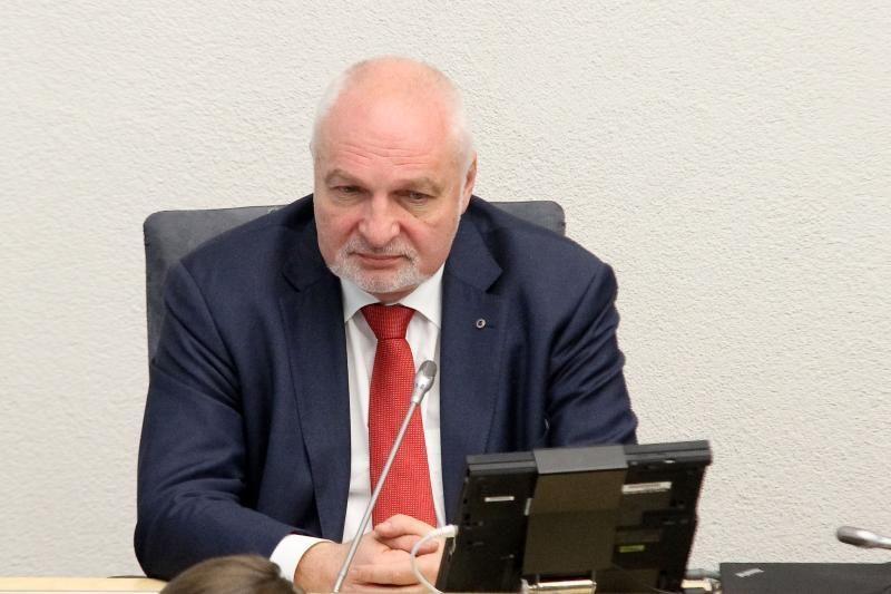 V. Mazuronis: reikėtų tęsti skalūnų dujų žvalgybos konkursą
