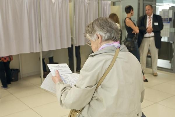 Nepartiniams kandidatams į savivaldą teks rinkti parašus