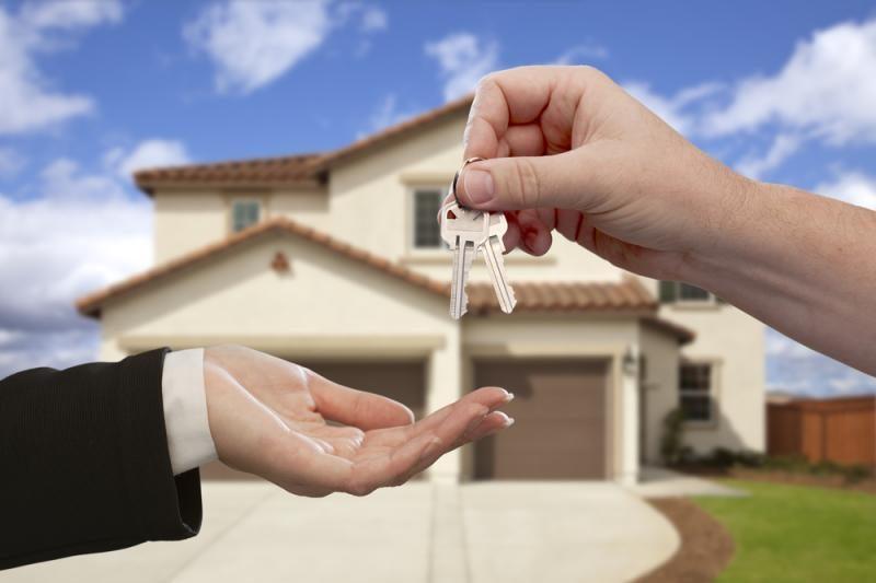Apklausa: padaugėjo manančiųjų, kad būsto kainos Lietuvoje nesikeis