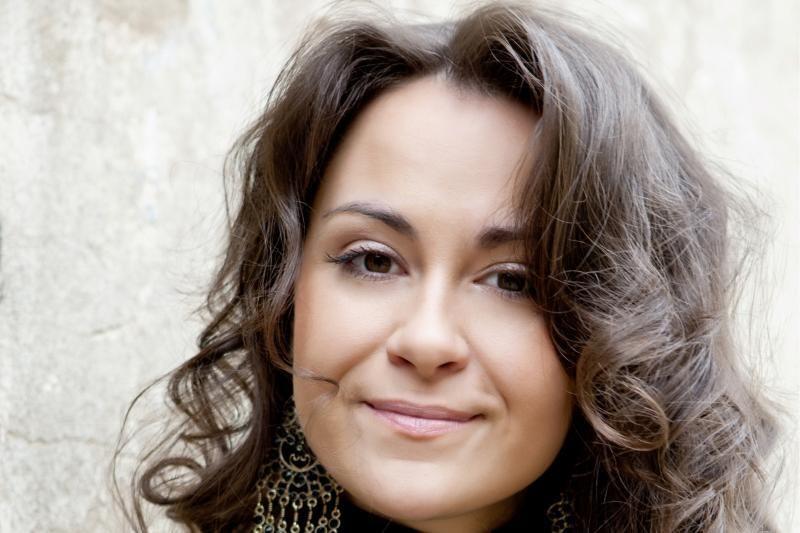 Charizmatiškoji E.Sašenko dainuos festivalyje Gargžduose
