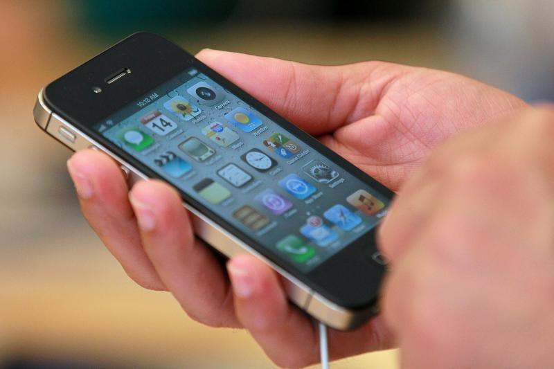 """Atnaujinant išmaniųjų telefonų OS – """"butelio kaklelio"""" efektas"""