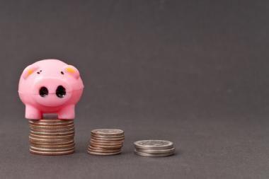 2011 m. kovą II ir III pakopos vidutinė pensijų fondų vieneto vertė sumažėjo