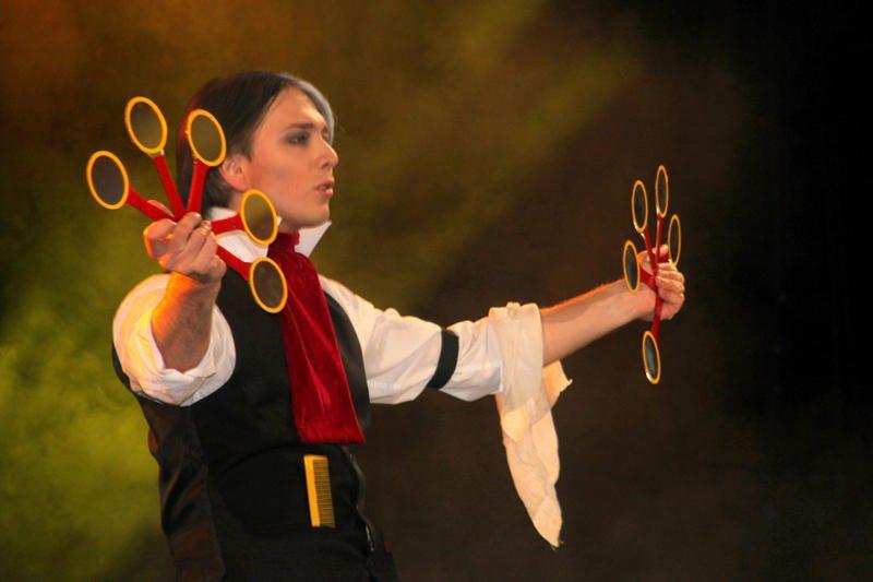 Mantas Wizard: iš Pasaulio iliuzionistų čempionato – į Klaipėdą