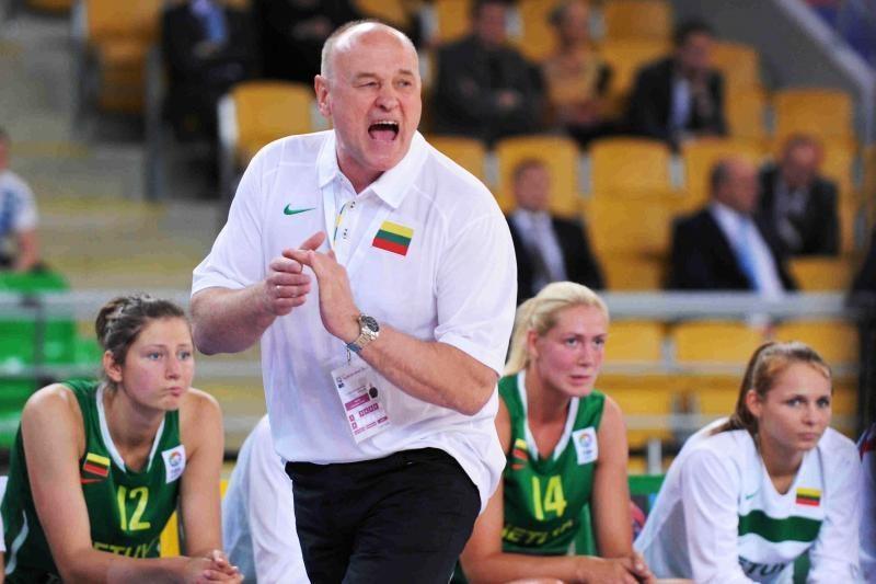 Europos moterų krepšinio čempionatas: Lietuva - Čekija 59:63