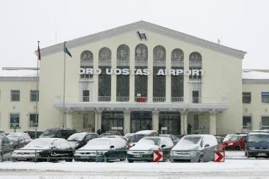 R.Vaštakas: reikia didinti oro uostų vadovų atlyginimus
