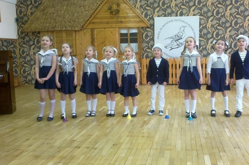 Festivalyje Klaipėdoje dainomis džiugino 300 vaikų