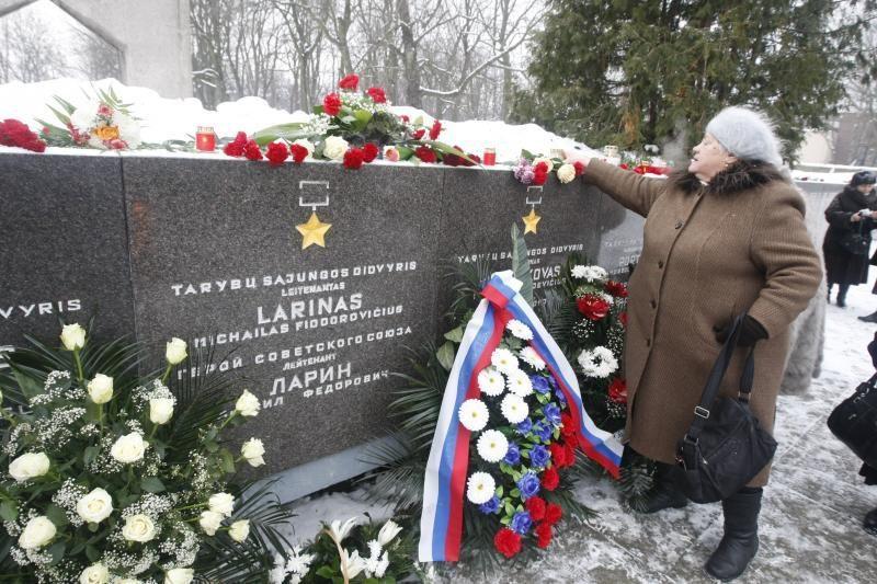 KT: tarnavusiųjų sovietų armijoje statusas negali skirtis