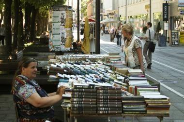 Iš gatvės prekeivių knygas perka ir L.Donskis