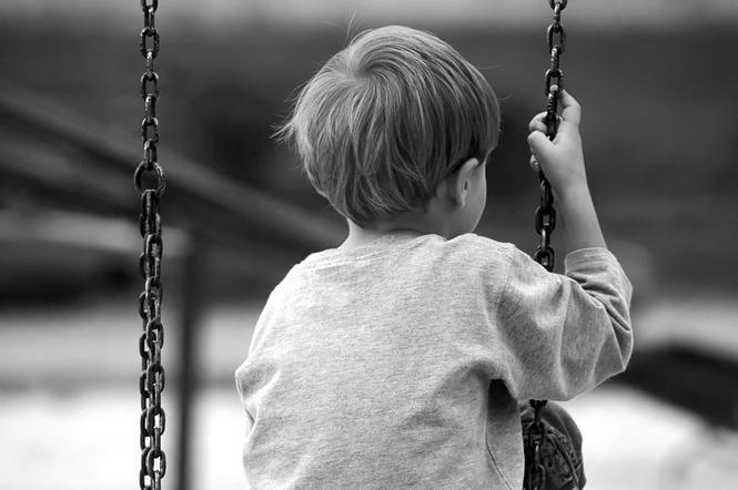 Mažametį brolį sumušusi devyniolikmetė nuteista pusę metų kalėti