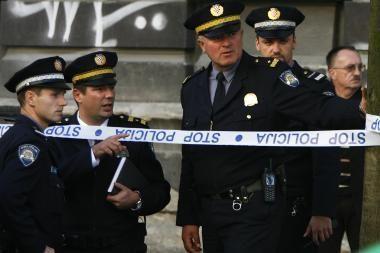Po įžūlios žmogžudystės ministrai neteko postų