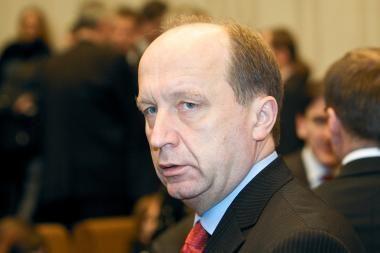 Premjero darbo grupė sukritikavo oponentų pasiūlymus, kaip kovoti su krize