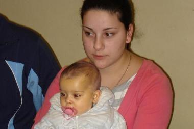 """""""Išsipildymo akcija"""" mažajai Adrianai apmokėjo trūkstamas kepenų transplantacijos išlaidas"""