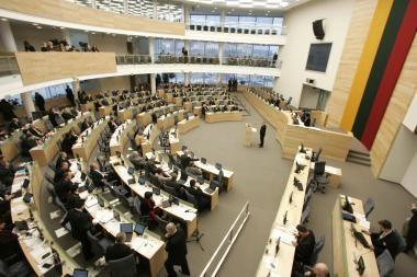 Seimo darbas: balsavimuose dalyvauja tik apie pusę parlamentarų