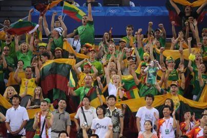 Amerikiečiai stebisi lietuvių krepšinio sirgaliais