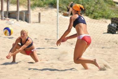 Paplūdimio tinklinio čempionate lyderių poziciją įtvirtino vilnietės